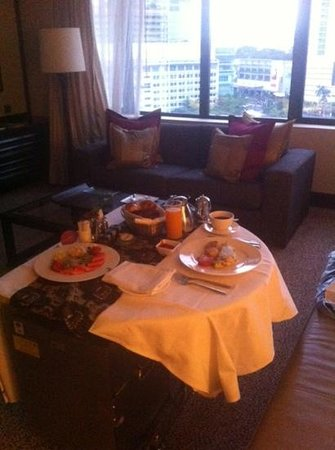 Mandarin Oriental Jakarta:                   Breakfast in bed for one