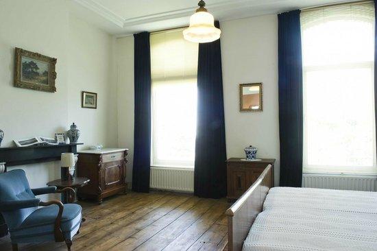 Anno 1867:                   Blauwe Kamer 3