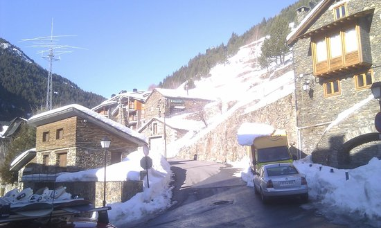 Hotel Segle XX:                   Ransol, mini pueblo muy bonito