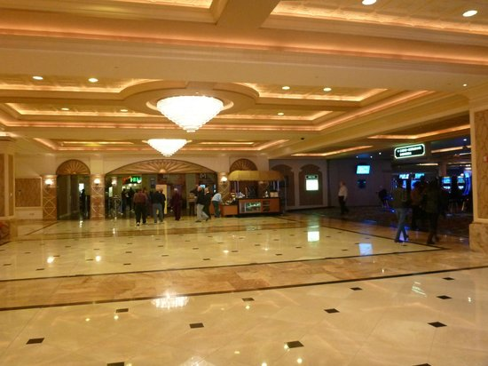 Gold Strike Casino Resort:                   Lobby
