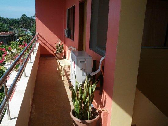 Sotera Mansion:                   front/hallway