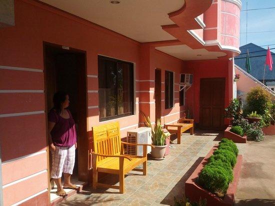 Sotera Mansion:                   bottom ground area