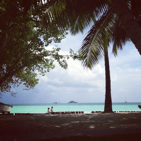 Paradise Sun:                   пляж