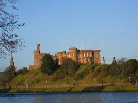 Inverness Student Hotel: Inverness Castle (almost next door to our hostel)