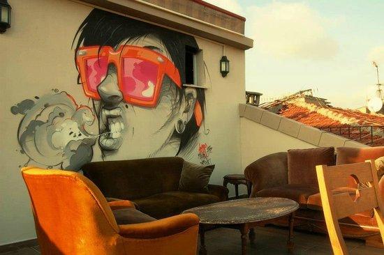 Hush Hostel Moda : Rooftop Terrace
