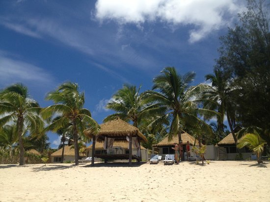 Crown Beach Resort & Spa:                   Perfect beach