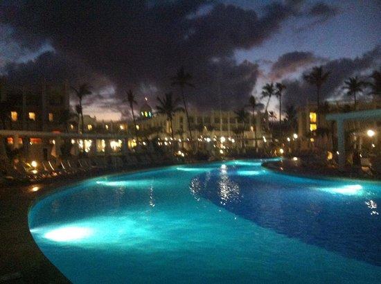 Hotel Riu Palace Bavaro:                   Pool