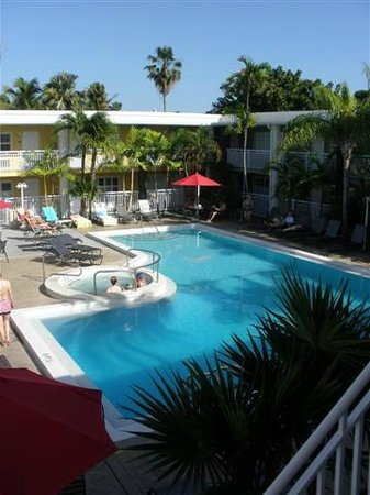 BEST WESTERN Hibiscus Motel:                   Relax in the middle of bustling Key West