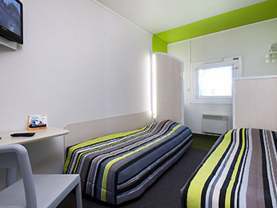 hotelF1 Evreux Sud : chambre duo