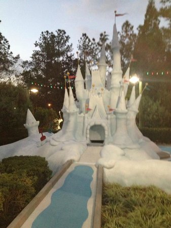 Disney's Winter Summerland Miniature Golf Course:                   Great theme all throughout the course