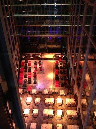 Grange St. Paul's Hotel:                                     restaurant area