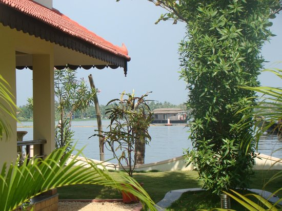 Lake Palace Resort:                                     Lake View