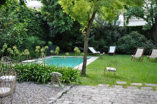 L'Hotel Palermo: Garten/Pool