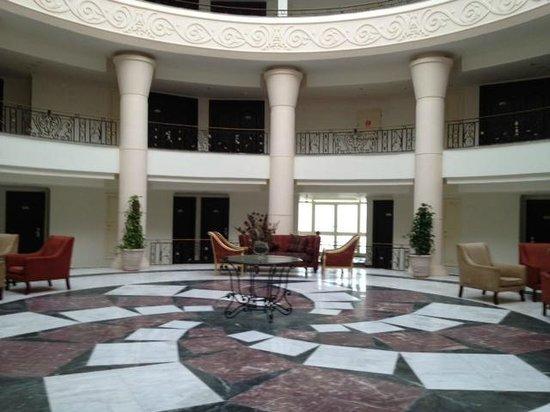 Mediterranean Azur Hotel:                   Rotunda at the main building