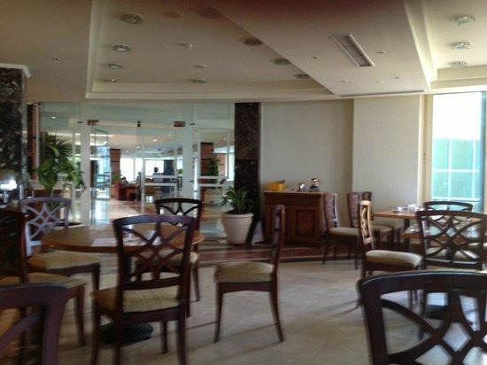 Mediterranean Azur Hotel:                   Dining hall.