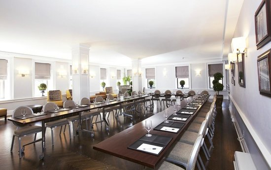 Hotel Wales: Group Meeting Space