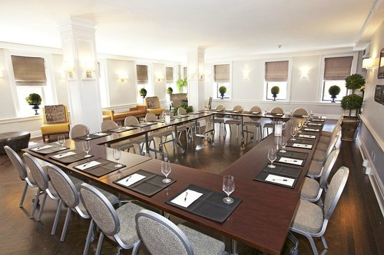 Hotel Wales: Carnegie Lounge                                              Hollow Square Meeting Set-Up