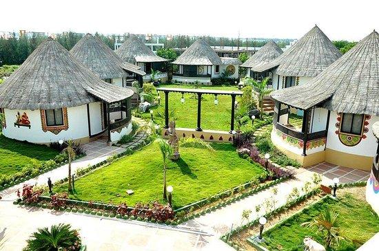 Ryan Resort & Residency:                   Cool view Of ryan residency