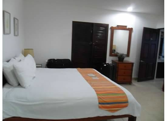 Bahia del Sol Beach Front Boutique Hotel:                   King Size Room