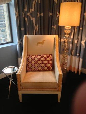 Kimpton Hotel Monaco Philadelphia:                   chair