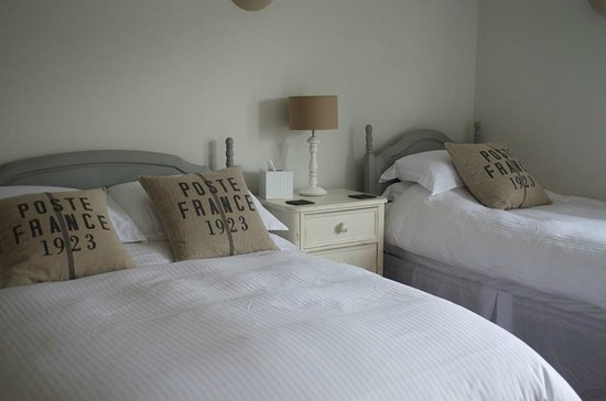 The Beach House: Family Bedroom