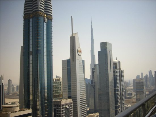 Four Points by Sheraton Sheikh Zayed Road, Dubai:                   vista panoramica dal hotel