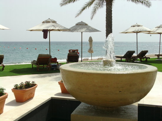 Al Bustan Palace, A Ritz-Carlton Hotel:                   Beach and Garden