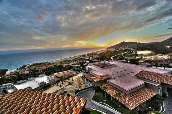 Pueblo Bonito Sunset Beach Golf & Spa Resort:                   View from building 24