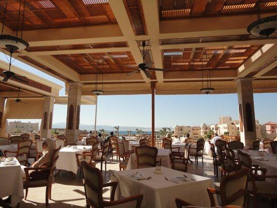Kempinski Hotel Soma Bay:                   Main Restaurante