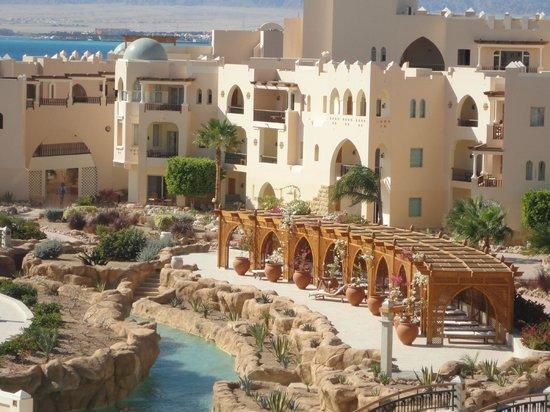 Kempinski Hotel Soma Bay:                   Beautiful garden