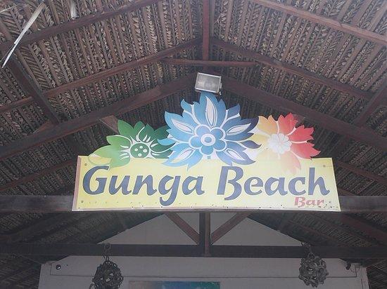 Village Barra Hotel:                   bar na praia do gunga