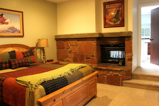 Silver King Hotel:                   Master Bedroom with fireplace