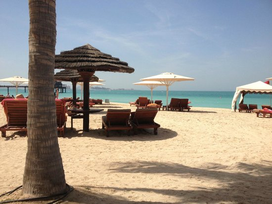 Jumeirah Mina A'Salam:                   Hotel Beach