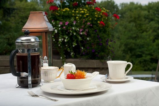 The French Manor: Breakfast on the Veranda