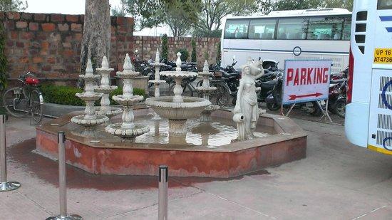 Kalakriti Cultural & Convention Center :                                     Fountains near parking