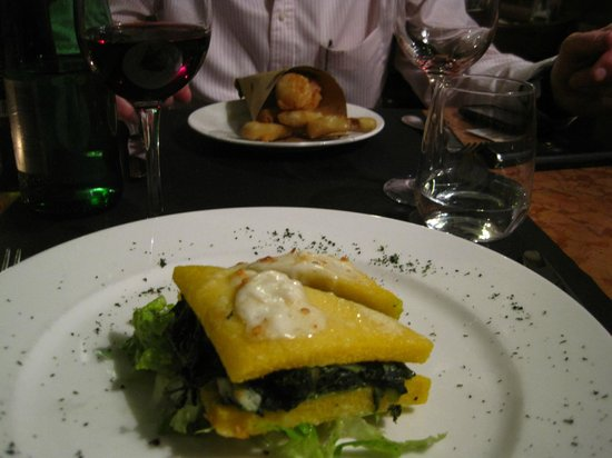 Osteria delle Commari:                   Starters - Battered, fried vegs and Polenta sandwich - both delicious!