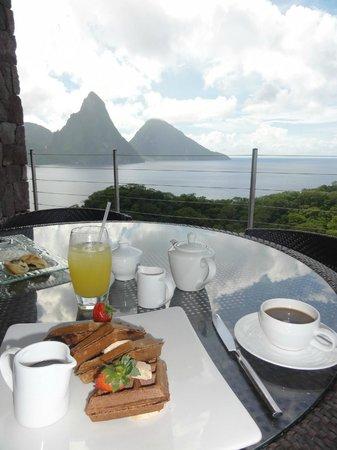 Jade Mountain Resort: desayuno en el restaurante