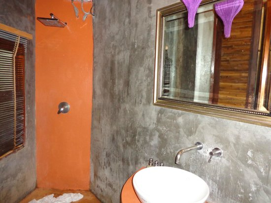 B52 Beach Resort:                   Bathroom of beach villa