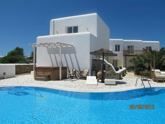 A Hotel  Mykonos:                   parte della struttura