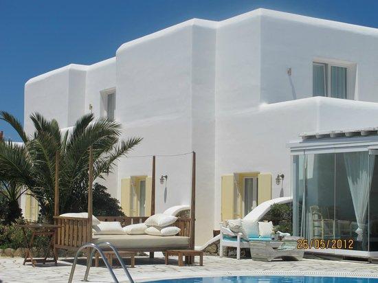 A Hotel by Mykonos Arhontiko:                   la struttura