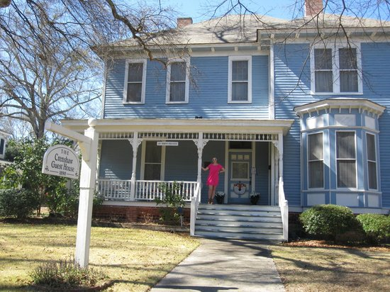 Crenshaw Guest House:                   Lovely B&B