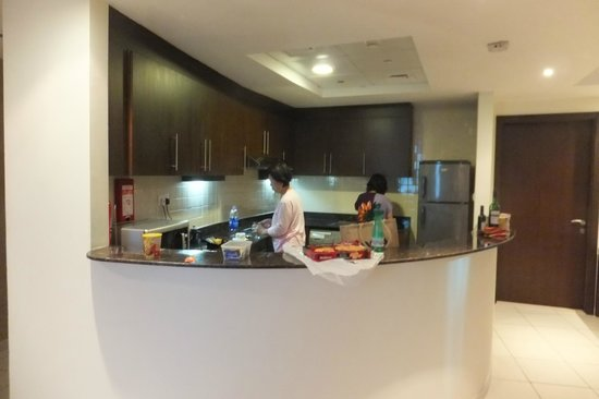 Abidos Hotel Apartment - Al Barsha :                                     Fully Equipped Kitchen