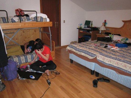 Hotel Bellevue:                   Family room