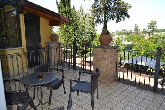 Green Hotel Poggio Regillo:                   terrasse privative