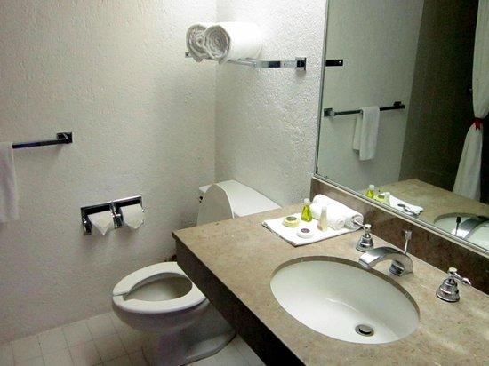 Hotel Victoria: Baños Estandar