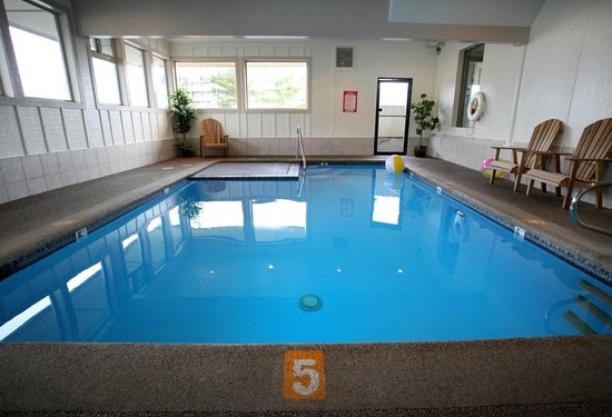 Inn at Seaside: Indoor heated pool