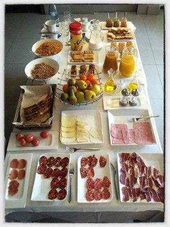 Hotel La Fabrica de Solfa :                   El desayuno ¡genial!
