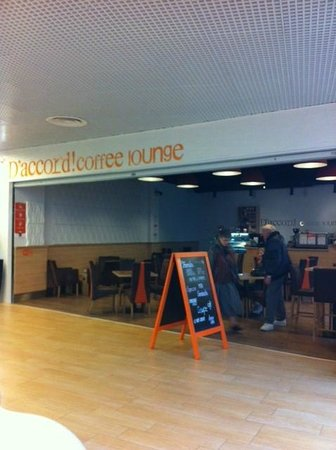 D'accord! Coffee lounge great for afternoon tea!