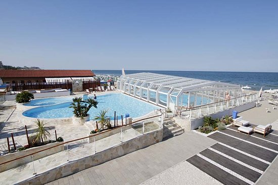 Bagno Holiday Village : La piscina