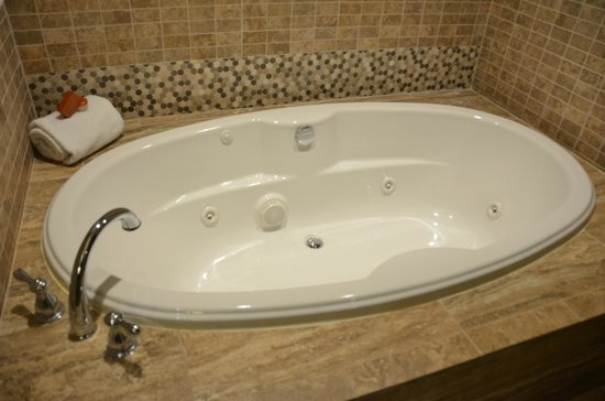 Four Winds Casino Resort: Jetted Tubs